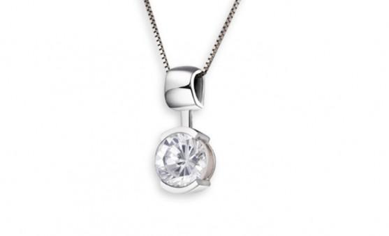 Elle sterling silver necklace